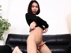 Asian  jerks her hard knob