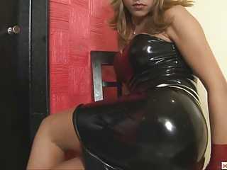Shemale Alicia forth Facing Tight Garments Wanks her Unabridged Cock
