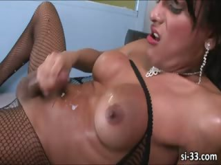Attracting tgirls blows together with wanks cocks