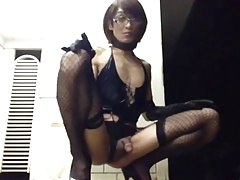 tranny cum and squirt